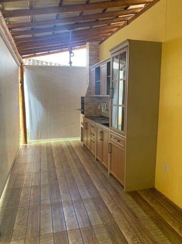 Vendo excelente casa 4/4, sendo 2 suítes na Priscila Dutra - Foto 2