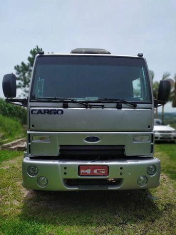 Ford Cargo 2428 Carroceria parcelamos - Foto 2
