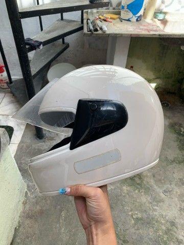 Capacete branco EBF -  60 reais