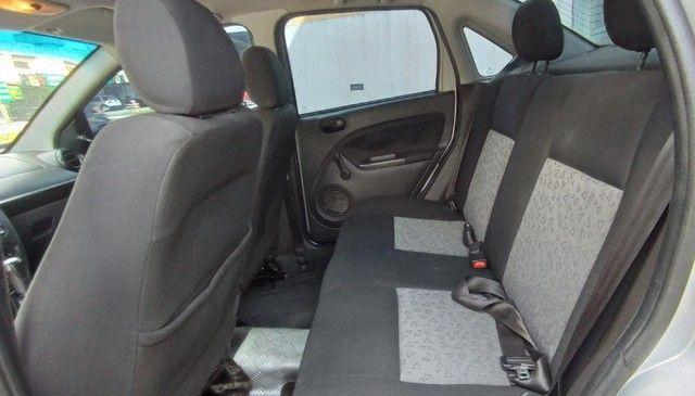 Ford Fiesta Sedan 1.6 Flex! - Foto 9