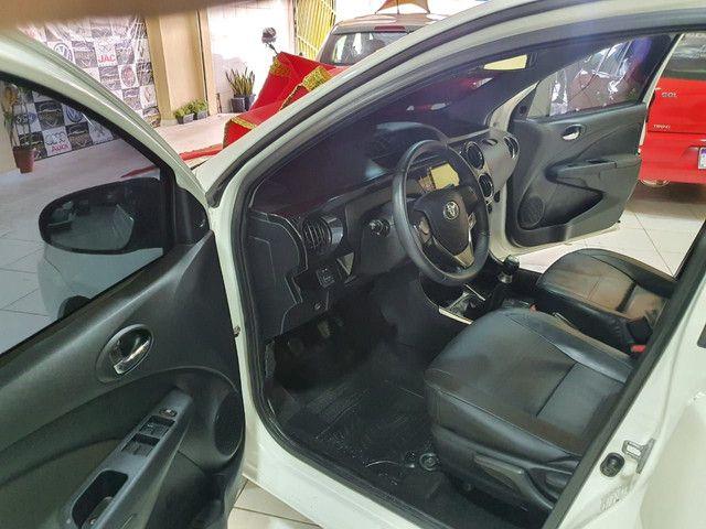 ¥ Etios sedan Platini 2015 .39.900¥  - Foto 4
