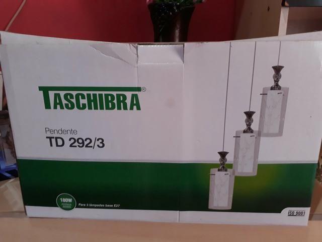 Vendo luminária na caixa