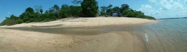 Chalé as margens do Rio Tapajós