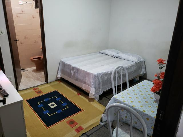 Alugo apartamento, kitnet e quarto - Foto 5