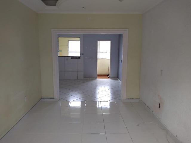 Apartamento 02 quartos, São Cristóvão