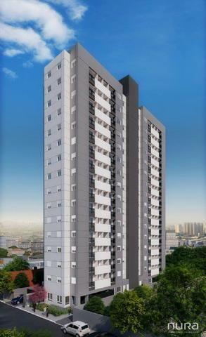 Apartamento 2 Dormitórios Com Varanda e Vaga de Garagem à 100mts da Estação