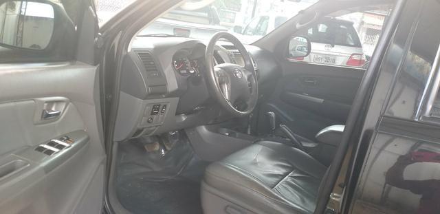 Toyota hilux srv cd 3.0 4x4 aut. 2013, ligar * tâmila - Foto 8