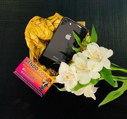 Celular Iphone 8 64gb Semi-Novo