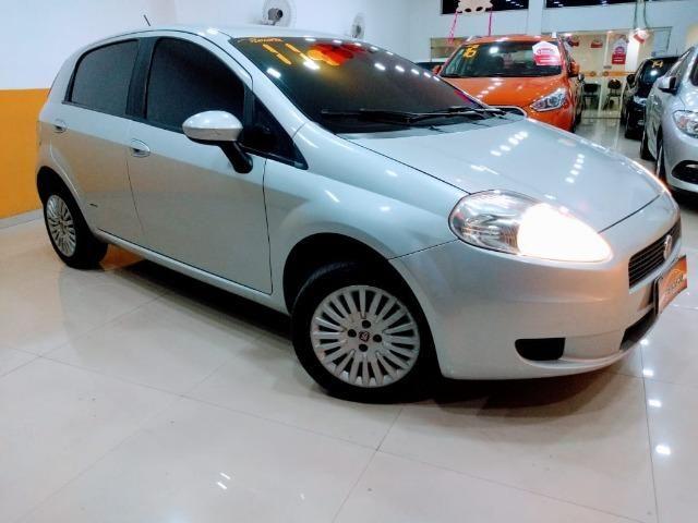 Fiat Punto Attractive 1.4 2011 novo!!! - Foto 5