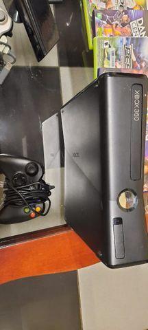 Xbox 360 com 3 jogos,kinect e 2 controles - Foto 5