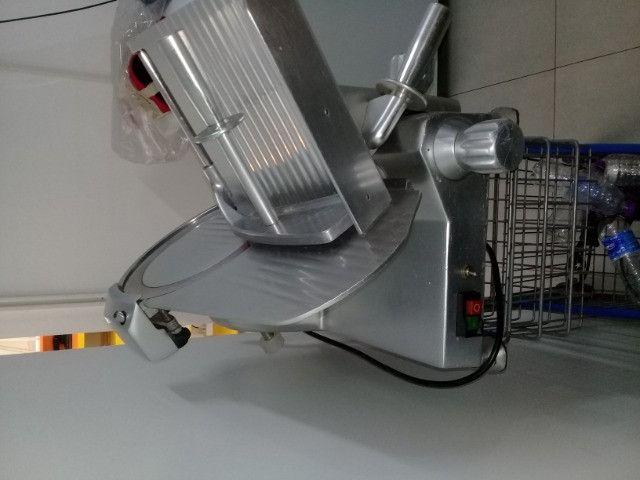 Maquina de cortar frios - Foto 2