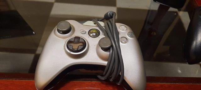 Xbox 360 com 3 jogos,kinect e 2 controles - Foto 3