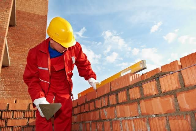 Construtor civil