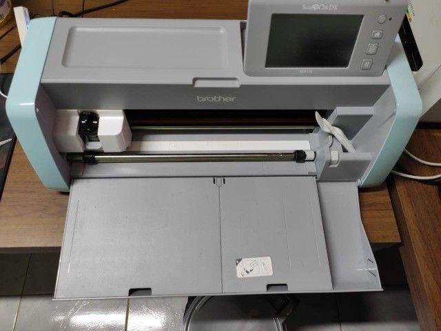 Maquina de corte SDX125 220v Brother semi nova - Foto 2