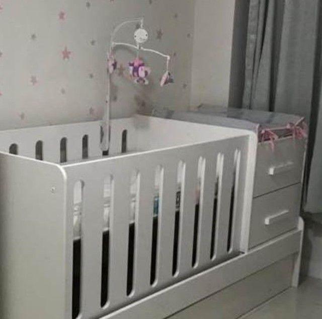 Berço multifuncional (vira cama)