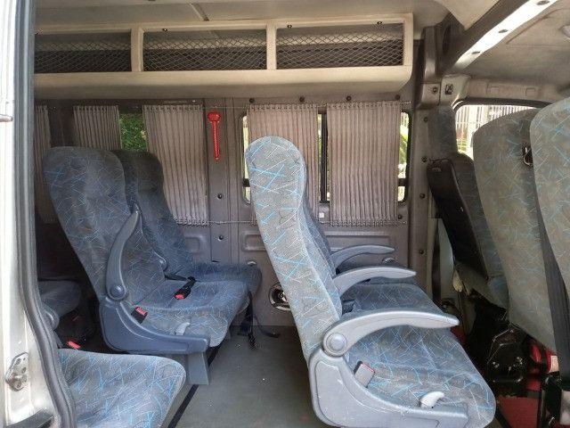 Master 2011 2.5 diesel executivo 16 passageiros - Foto 6