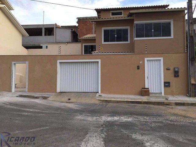 Casa Triplex de 3 quartos à venda no Ipiranga próximo ao Centro de Guarapari