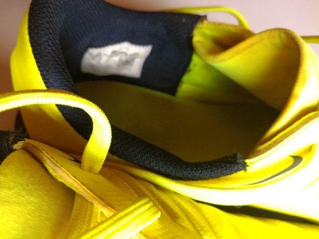 Chuteira Society Nike Phantom Venom Club TF - Verde Limão - Foto 3