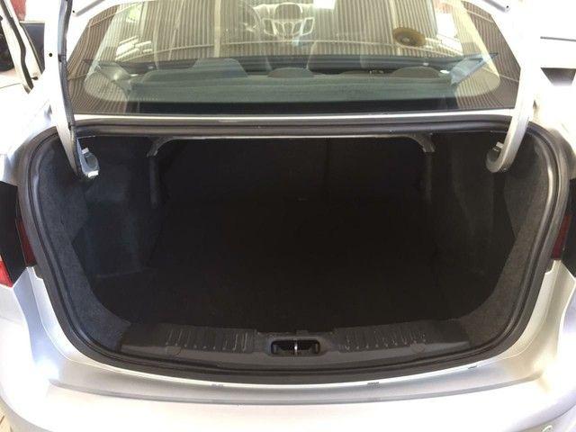 New Fiesta sedan 1.6 completo 2013 - Foto 7