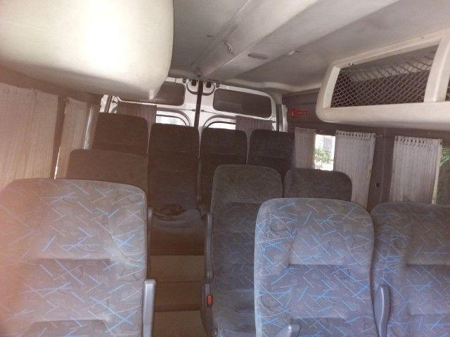 Master 2011 2.5 diesel executivo 16 passageiros - Foto 2