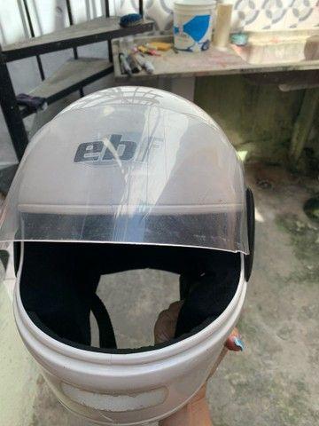Capacete branco EBF -  60 reais  - Foto 2