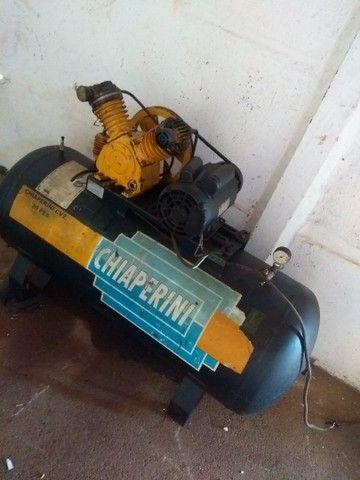 Vende-se Compressor 20 pés monofásico voltagem 220 - Foto 3