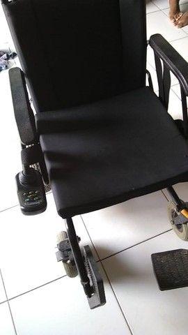 vendo Cadeira elétrica ou automática pra adulto como era mais conhecida   - Foto 4