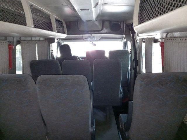 Master 2011 2.5 diesel executivo 16 passageiros - Foto 11