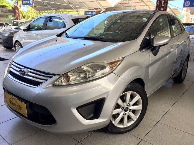 New Fiesta sedan 1.6 completo 2013
