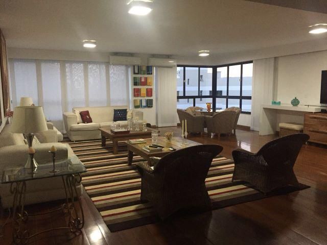 Pelegrine Apart. 4 quartos, 3 suítes, 1 closet, escritório, 3 vagas, Praia do Canto