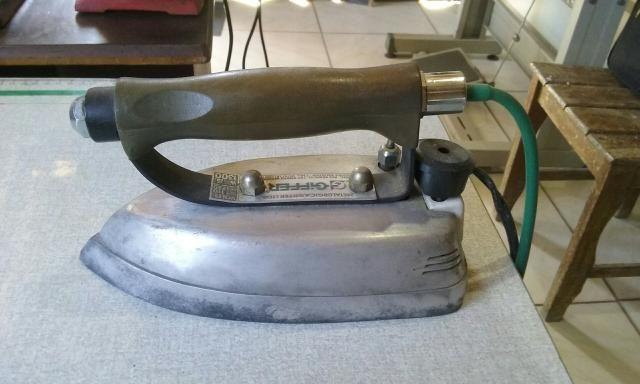 Ferro a vapor