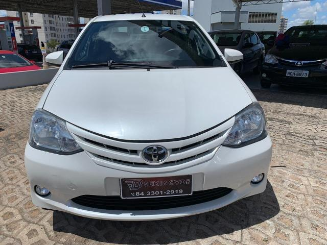Etios Sedan 1.5X 2015 - Carro Impecável