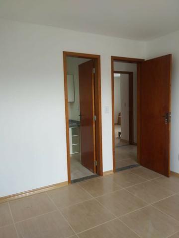 Vendo- Apartamento com dois dormitórios em São Lourenço-MG