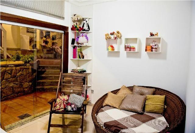 Espetacular Casa colonial , 4 quartos , 2 vagas , bairro Dom Cabral - Foto 3