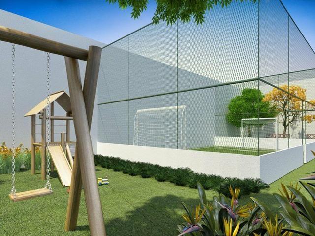Apartamento 2 Dormitórios Com Varanda e Vaga de Garagem à 100mts da Estação - Foto 2