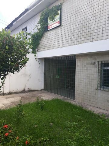 Belíssima Casa Duplex Reformada 3 Qtos/ 3 Vagas/ a 5 Minutos De Boa Viagem No Ipsep - Foto 3