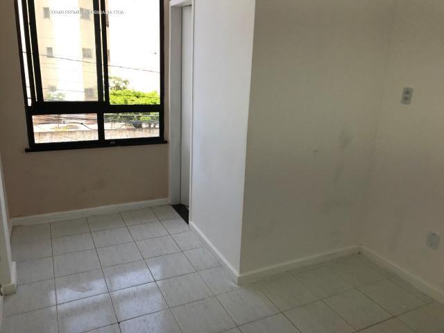 Sala na galeria alvorada com +-25m² no bairro salgado filho - Foto 5