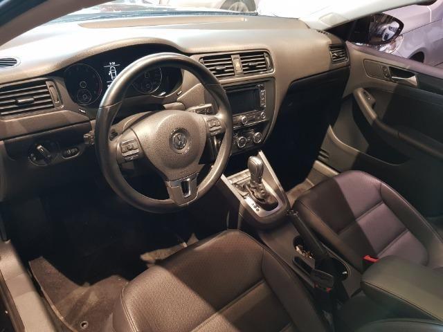VW - Jetta Com Teto Solar - Foto 9