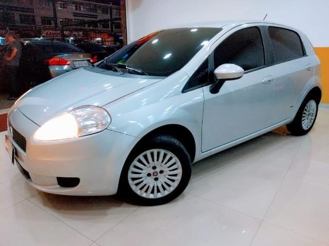 Fiat Punto Attractive 1.4 2011 novo!!! - Foto 2