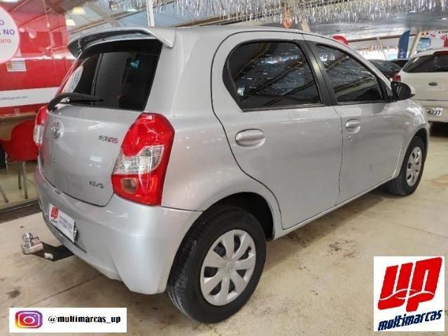 Toyota- Etios Hatch 1.5 XS - Foto 5