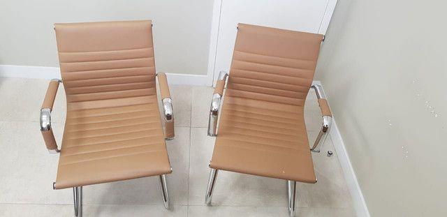 2 Cadeiras escritorio ou consultório - Foto 5