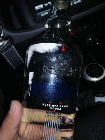 Três escoceses mais uma vodka polonesa. - Foto 6