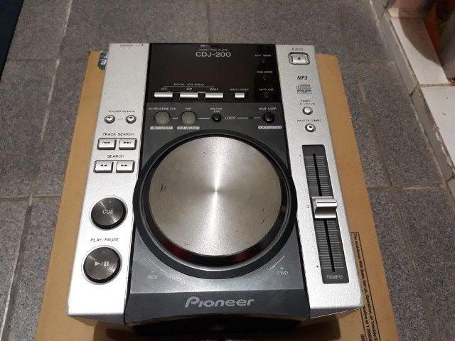 Par de CDJ 200 Pioneer