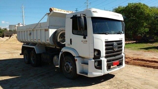 VW caminhão 24-250 caçamba