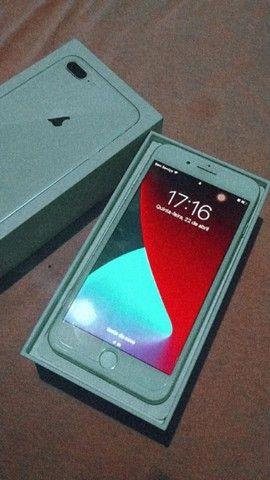 IPhone 8 Plus novo com pouco tempo de uso