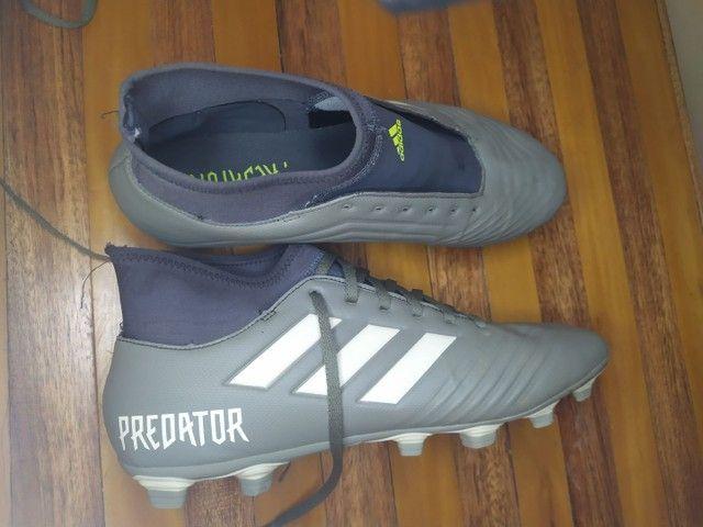 Chuteira Adidas Predator 19.4 - Foto 4