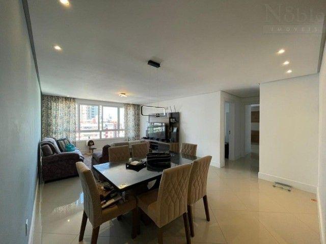 Apartamento 2 dormitórios na Praia Grande, condomínio completo, bem localizado - Foto 3