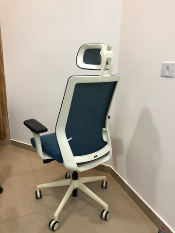 Cadeira de escritório super nova c encosto  - Foto 5