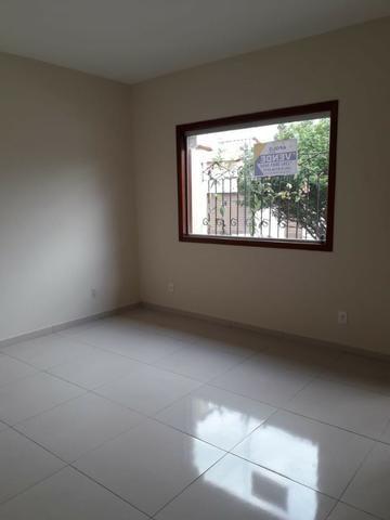 Excelente casa no bairro Eldorado com 3 quartos e 2 vagas de garagem. Oportunidade!!! - Foto 3