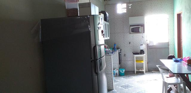 Vende-se casa no conjunto Amazonino Mendes 2
